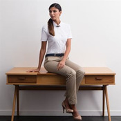 Women's modern short sleeve Oxford shirt