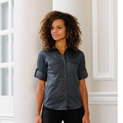 Women's roll-sleeve ¾ sleeve shirt